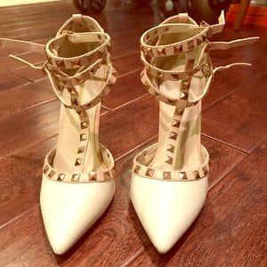 Gorgeous cream white heels
